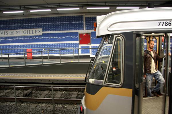 Brussels, Sint-Gillis Voorplein/Parvis de Saint-Gilles premetro station, 2009-2010